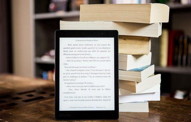 紙の本と電子書籍の違いは?メリットとデメリットを正しく理解しよう